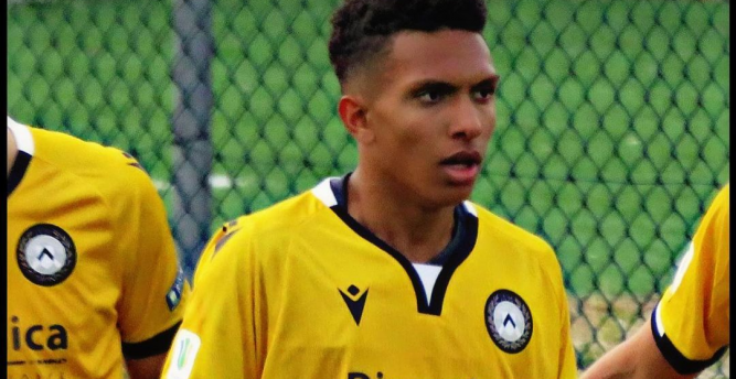 Internacional contrata filho de ex-atacante Amoroso para o sub-20