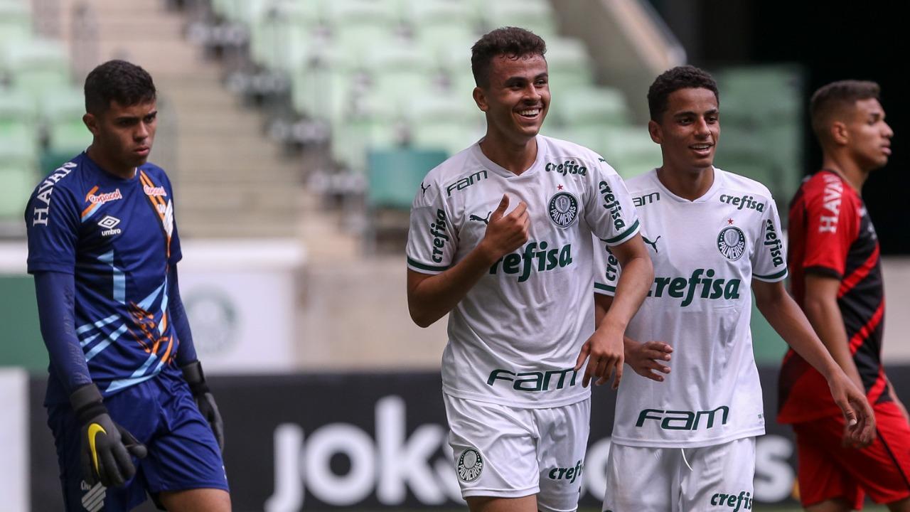 Palmeiras vence Athletico-PR e larga em vantagem nas quartas da Copa do Brasil Sub-17