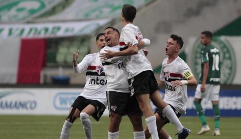 São Paulo vence Palmeiras fora de casa e fica perto da final da Copa do Brasil Sub-17
