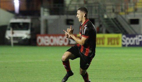 Brasil de Pelotas confirma venda de atacante para clube árabe