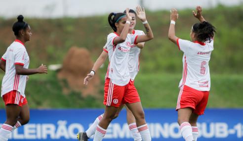Internacional goleia Bahia e vence a quarta no Brasileirão Feminino Sub-18