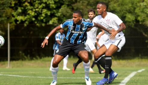 Grêmio acerta empréstimo de atacante ao Paraná