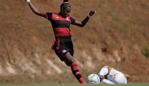 Flamengo e Palmeiras empatam e seguem sem vencer na segunda fase do Brasileirão Feminino Sub-18
