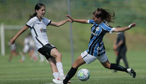 Corinthians vence e passa Grêmio no Brasileirão Feminino Sub-18