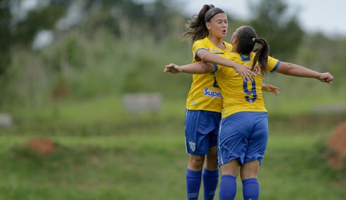 Avaí Kindermann vence e elimina Iranduba do Brasileirão Feminino Sub-18