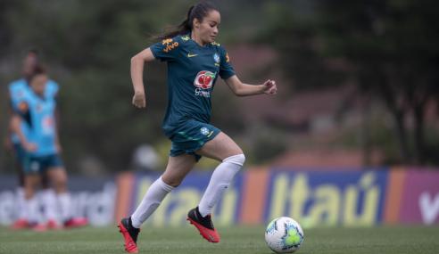 Seleção Feminina Sub-20 vive mescla de experiência e juventude em treinos na Granja