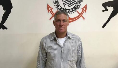 Sub-20 do Corinthians se reapresenta com técnico interino