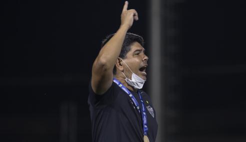 EXCLUSIVO! Marcos Valadares exalta estilo de jogo na formação do sub-20 do Atlético-MG