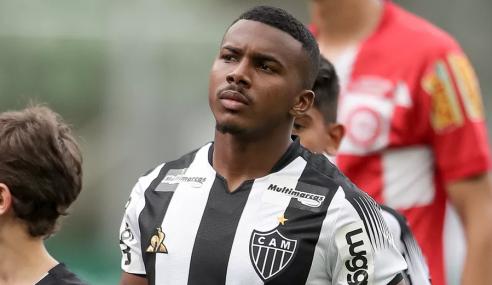 Após reviravolta, Atlético-MG empresta Marquinhos a clube búlgaro