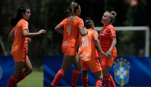Internacional vence e deixa Palmeiras na torcida por classificação no Brasileirão Feminino Sub-18
