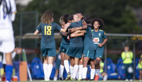 Seleção Feminina Sub-20 encerra período de treinos com vitória