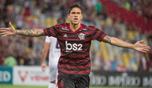 Flamengo empresta zagueiro Thuller ao Montpellier-FRA