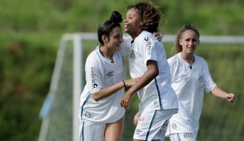 Brasileirão Feminino Sub-18: Santos decide rápido, bate Vitória e fecha primeira fase com 100%