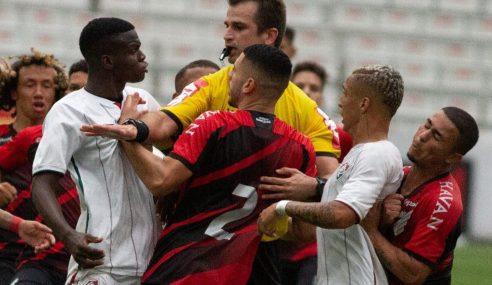 Atletas de Fluminense e Athletico-PR são punidos por confronto na final do Brasileirão Sub-17