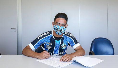 Grêmio empresta atacante de 18 anos ao Esportivo