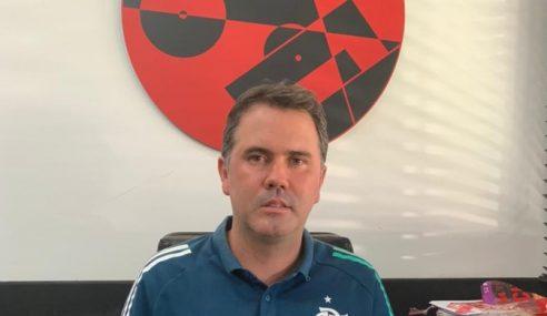 Flamengo efetiva interino como gerente geral da base