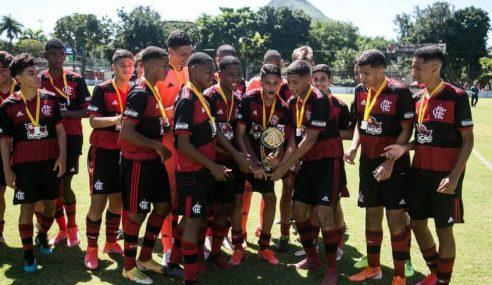 Flamengo conquista título da Copa FCB Sub-15 e também Sub-17
