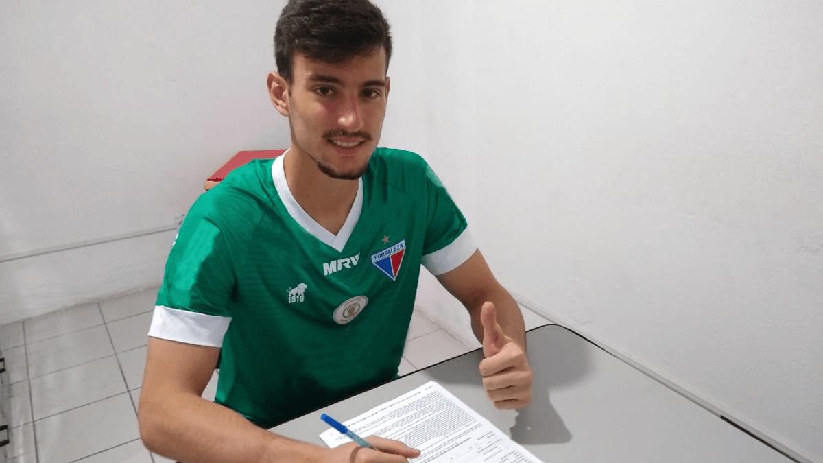 Fortaleza reforça equipe sub-20 com goleiro e zagueiro