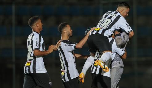Goleiro salva, Atlético-MG bate Fluminense-PI nos pênaltis e segue na Copa do Brasil Sub-20