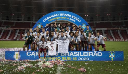 Internacional goleia, mas Fluminense vence nos pênaltis e conquista Brasileirão Feminino Sub-18
