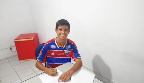 Fortaleza apresenta reforço para o time sub-17