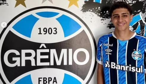 Grêmio contrata filho de Adriano Imperador para o time sub-15