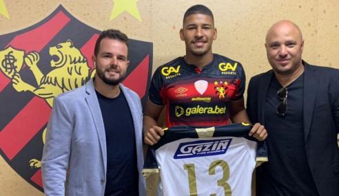 Sport renova com zagueiro promovido ao time profissional