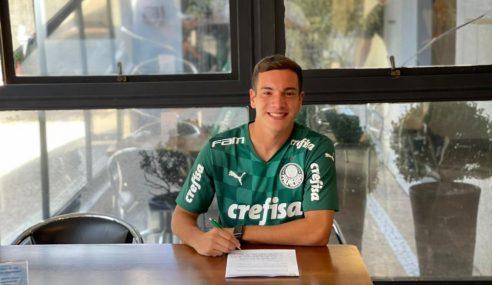 Palmeiras renova contrato de meio-campista de 18 anos