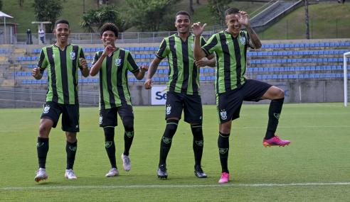 Na abertura do Mineiro Sub-20, América faz 5 a 0 no Ipatinga
