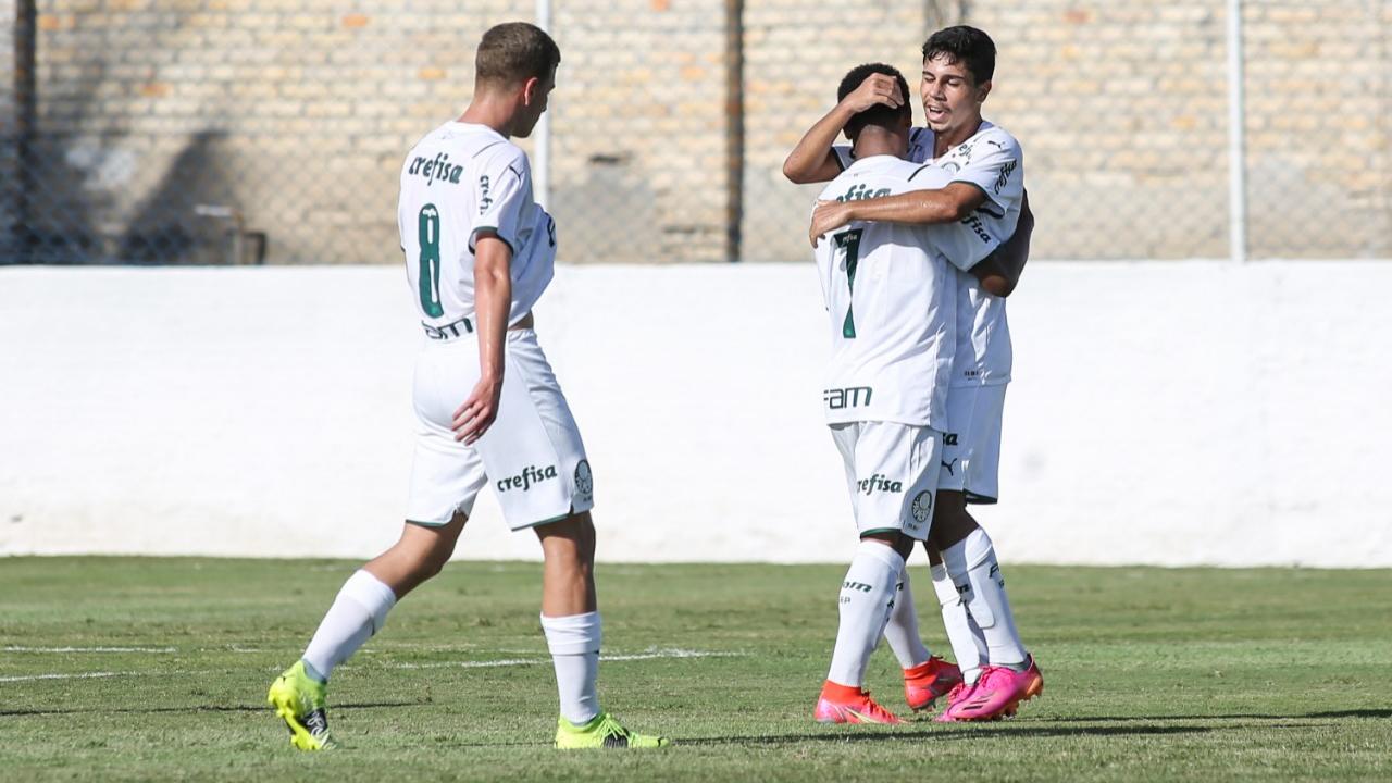 Palmeiras goleia Ceará fora de casa e vence a terceira seguida no Brasileirão Sub-17
