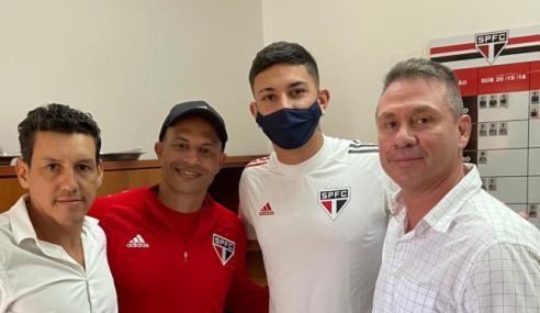 A pedido de Alex, São Paulo acerta empréstimo de zagueiro do Coritiba