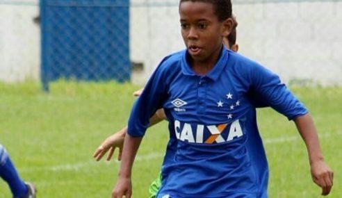 """Alvo de polêmicas, """"Messinho"""" deixa o Cruzeiro e assina com o Palmeiras"""