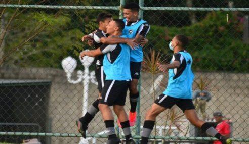 Com gols no segundo tempo, Botafogo vence Portuguesa pelo Carioca Sub-20