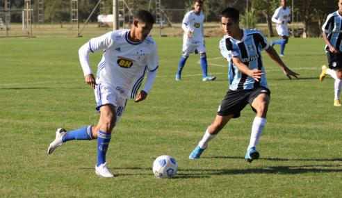 De virada, Cruzeiro vence Grêmio fora de casa pelo Brasileirão Sub-17