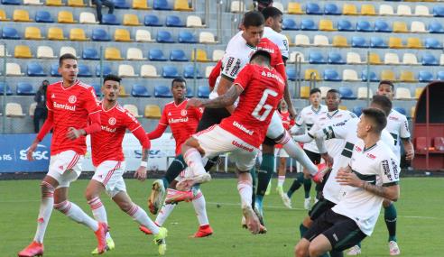 Internacional perde pênalti e fica no empate com o Coritiba pela Copa do Brasil Sub-20