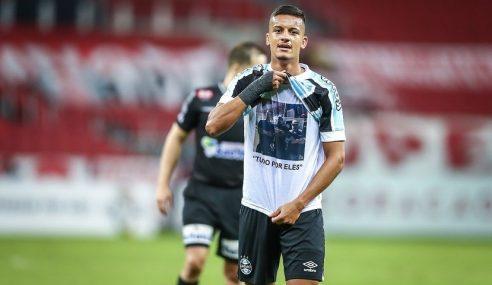 Conheça mais sobre Ricardinho, autor de gol decisivo no Gre-Nal