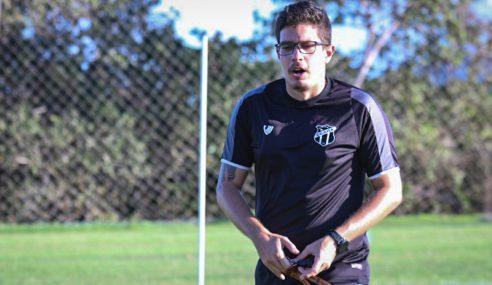 Álvaro Martins projeta momento de virada em duelo contra o Grêmio