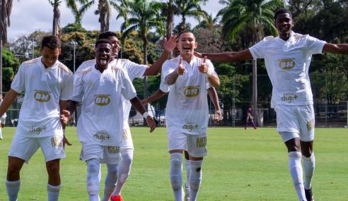 Com surto de COVID-19, América-MG leva seis do Cruzeiro no Brasileirão Sub-17