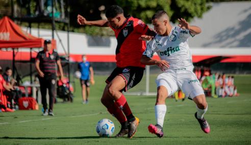 No último lance, Palmeiras arranca empate com o Atlético-GO pelo Brasileirão Sub-20