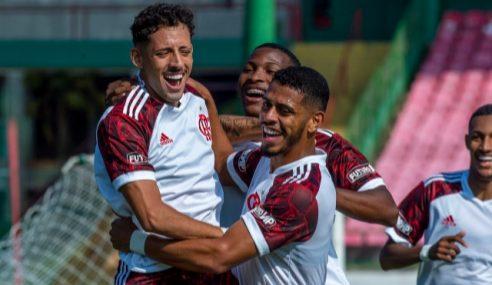 Flamengo vence a Portuguesa e segue líder no Carioca Sub-20