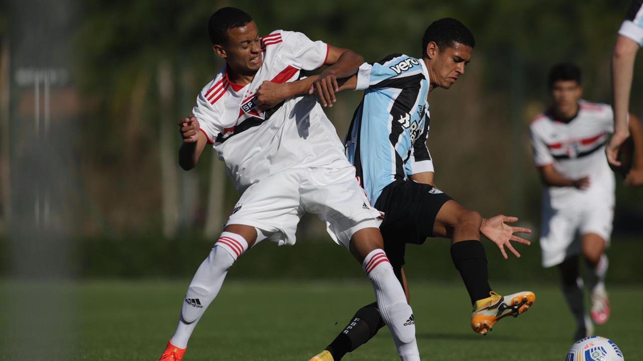 Grêmio busca empate com o São Paulo e segue vivo no Brasileirão Sub-17