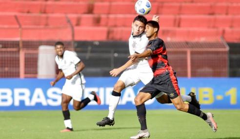 Corinthians vence Sport fora de casa e encosta no G-4 do Grupo B do Brasileirão Sub-17