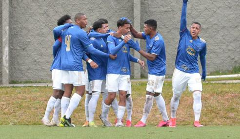 Cruzeiro reverte vantagem, elimina Athletico-PR e avança no Brasileirão Sub-17