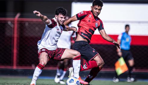 Flamengo goleia Atlético-GO fora de casa e vence a terceira no Brasileirão Sub-20