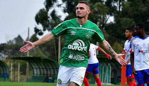 Chapecoense vira sobre o Bahia e vence a primeira no Brasileirão Sub-20