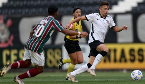 Corinthians e Fluminense empatam na abertura da oitava rodada do Brasileirão Sub-20