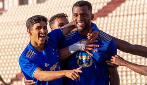 Cruzeiro faz três gols em 15 minutos e vira sobre o Atlético-GO pelo Brasileirão Sub-20