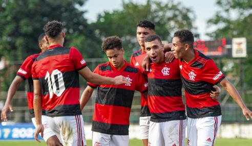 Flamengo goleia, faz melhor campanha geral e elimina Bahia do Brasileirão Sub-17