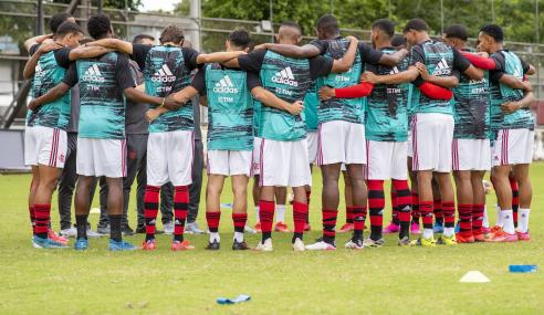 Flamengo e Cruzeiro empatam e seguem estacionados no Brasileirão Sub-20