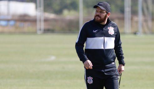 Corinthians demite treinador do sub-20